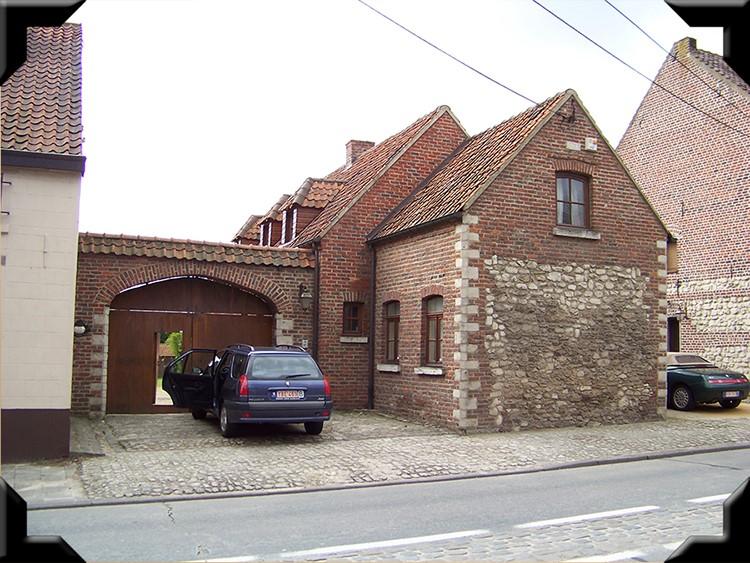 lasne-house